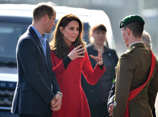 Фото №2 - Герцог и герцогиня Кембриджские (неожиданно) прилетели в Северную Ирландию