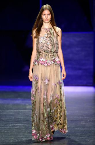 Фото №15 - 13 трендов весны (и лета) с показов Недели моды в Нью-Йорке