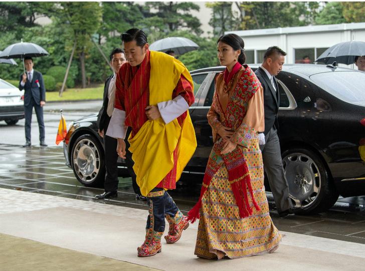 Фото №2 - Король и королева Бутана снова стали родителями: что известно о втором ребенке пары