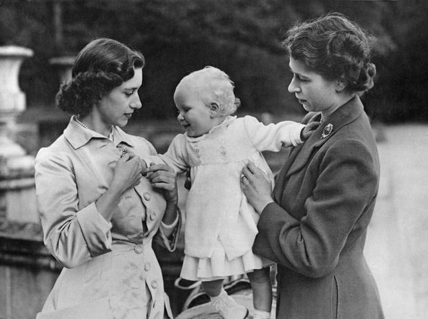 Фото №6 - Какой матерью Елизавета II была для своих детей