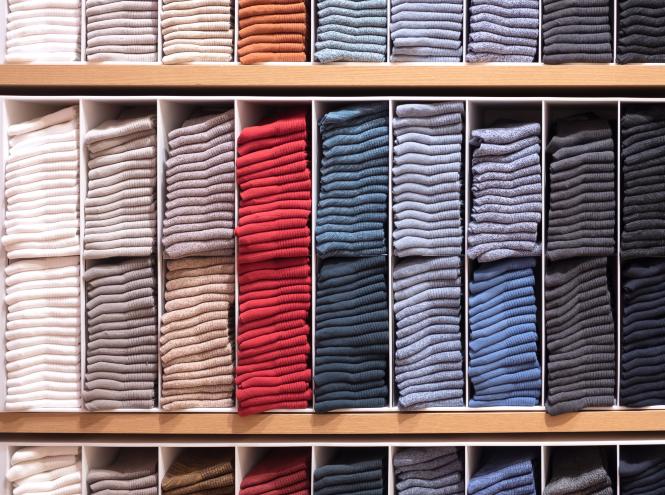 Фото №3 - По полочкам: 6 лайфхаков, чтобы навести порядок в шкафу