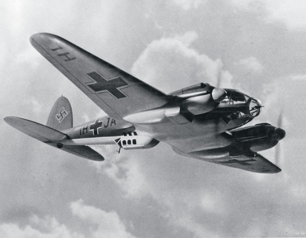 Фото №6 - Хроники угнанного бомбардировщика: В чем состоял подвиг летчика Девятаева