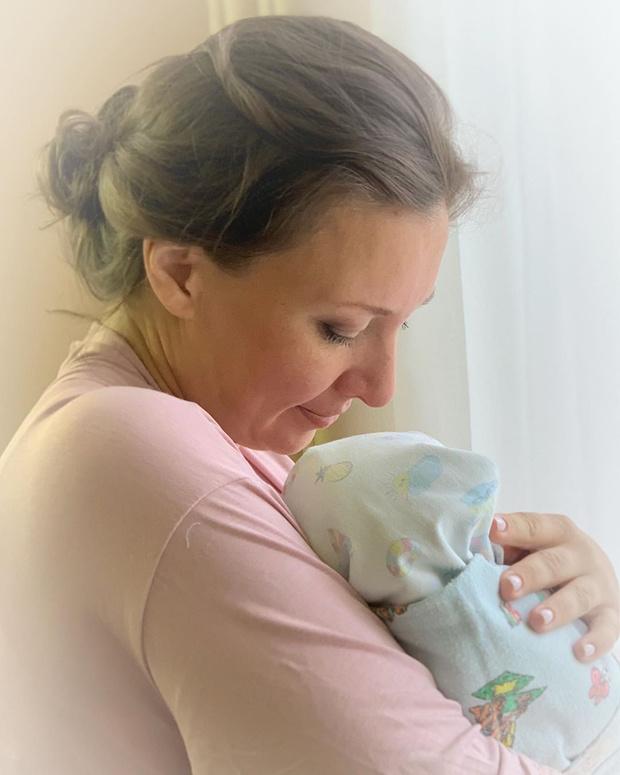 Фото №1 - Уполномоченная по правам детей в седьмой раз стала мамой
