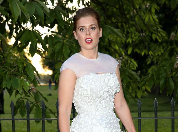 Фото №1 - Кого из королевской семьи расстроила свадьба принцессы Беатрис