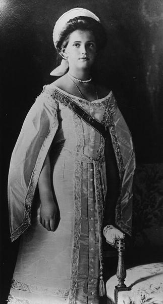Фото №9 - «Дочь отца», «Гувернантка», «Мадам Бэккер», «Швыбзик»: какими были, что и кого любили великие княжны Романовы