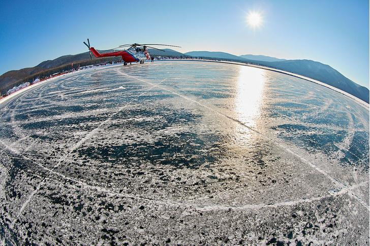 Фото №6 - По толстому льду: как прошли «Байкальская миля» и «Дни скорости на льду Байкала»