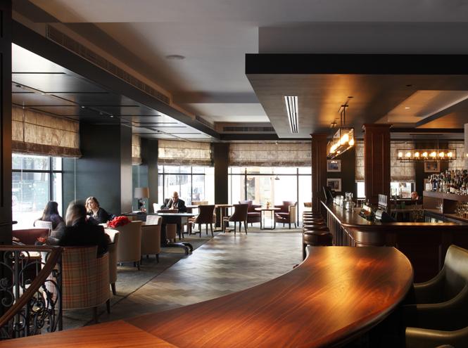 Blue Boar Bar при отеле Conrad London St. James