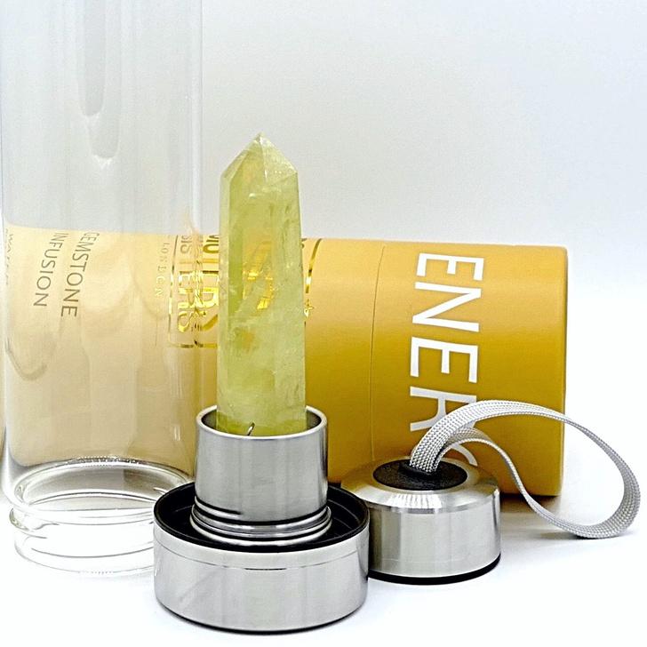 Фото №4 - Крупным планом: бутылка для воды с кристаллом