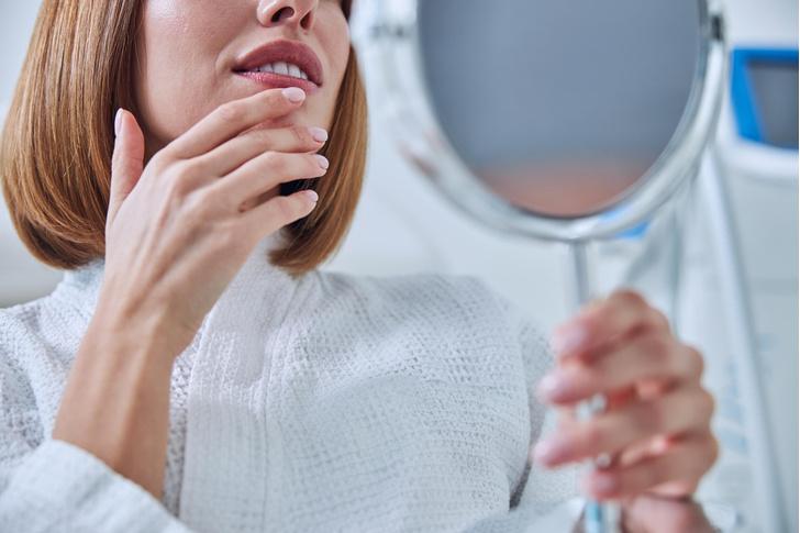 Фото №2 - Головные боли и перекошенное лицо: неожиданные последствия процедур красоты