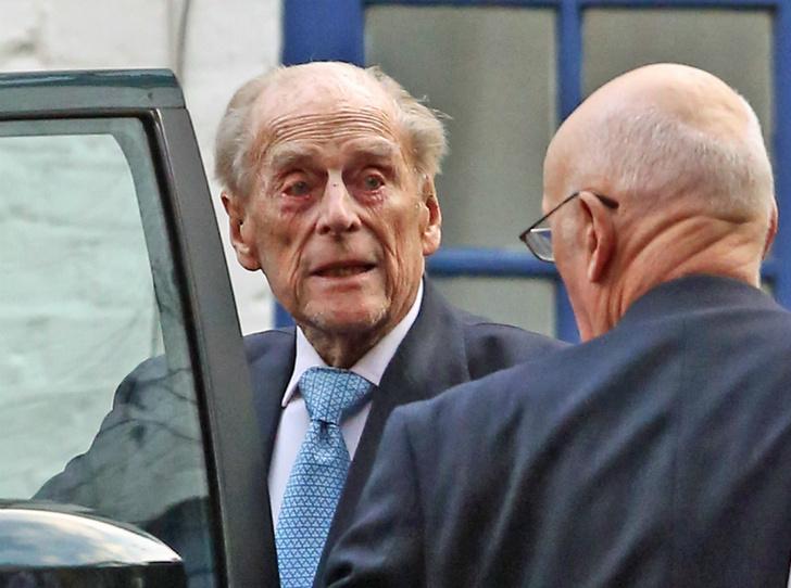 Фото №2 - Почему Королева не навестила принца Филиппа в больнице