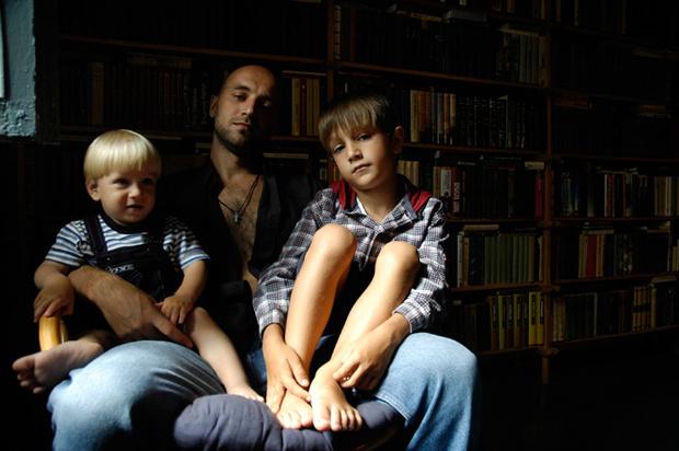 Фото №2 - Захар Прилепин: монолог об отцовстве, отцах и детях