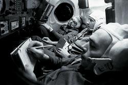 Фото №6 - Как выжить в космосе?