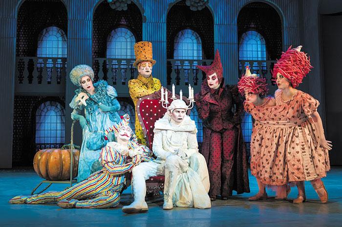 Фото №2 - Мюзиклу «Все о Золушке» исполняется год