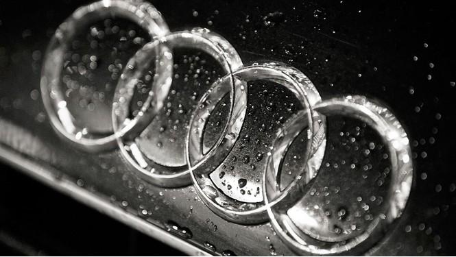 Фото №3 - Не простое украшение: 20 автомобильных эмблем со смыслом
