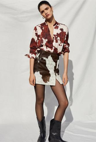 Фото №13 - Коровий принт – новый модный конкурент «леопарда» и «зебры»