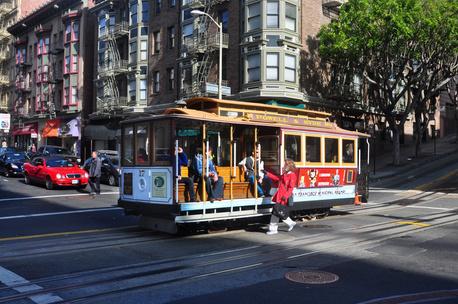 Фото №5 - Тест: Выбери трамвай, а мы скажем, куда ты на нем уедешь 🚊
