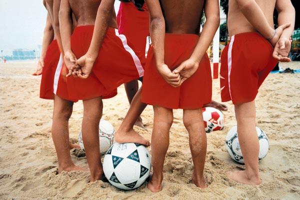 Фото №1 - Фабрика футбольных звезд