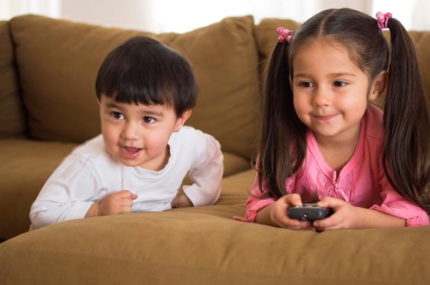 Фото №2 - Как научить ребенка играть самостоятельно: 6 типичных ошибок