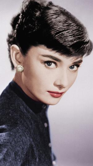Фото №8 - От Марлен Дитрих до Кары Делевинь: как менялась мода на брови за последние 100 лет