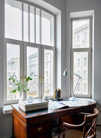 Фото №3 - Винтаж и современность: элегантная квартира на Патриарших прудах 300 м²