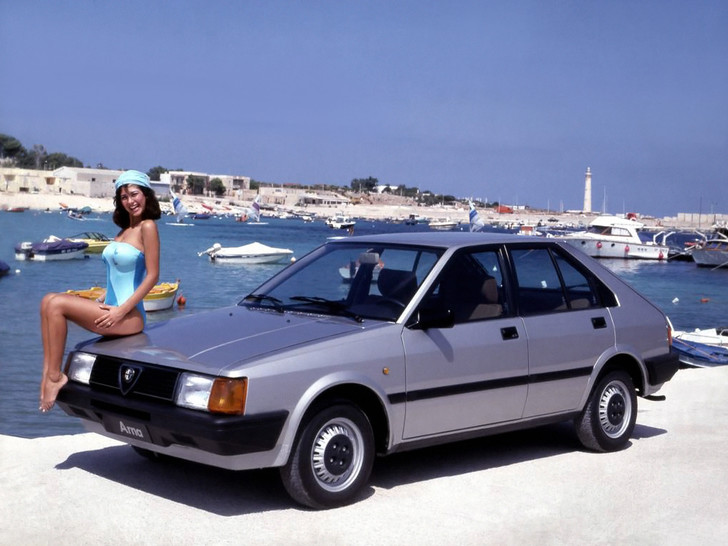 Фото №1 - Худшая Alfa Romeo на планете: история маленькой «Арны»