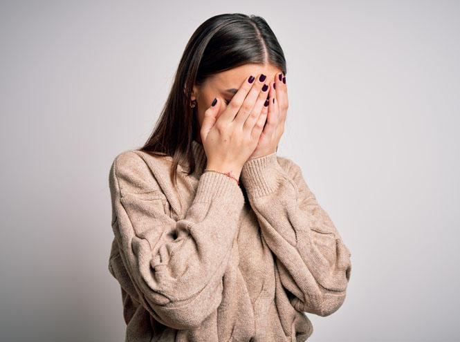 Фото №1 - Держать лицо: как справиться с внезапными вспышками стыда и стеснения