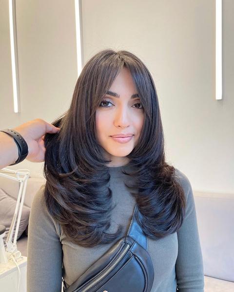 Фото №8 - Стрижка каскад: 10 модных вариантов на средние и длинные волосы