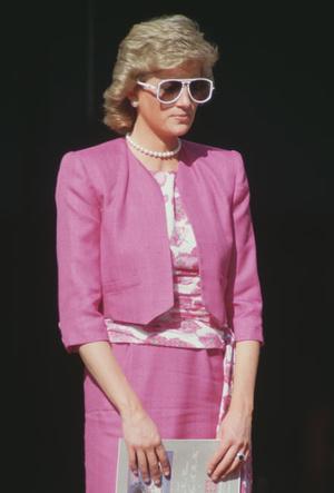 Фото №7 - Любимые солнцезащитные очки принцессы Дианы