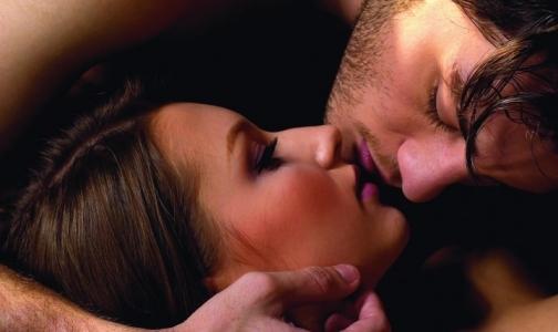 Фото №1 - Майкл Дуглас признался, что рак горла спровоцировала его любовь к оральному сексу