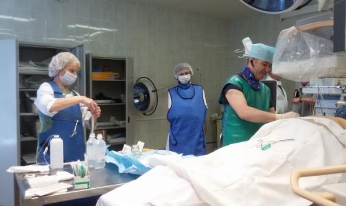 Фото №1 - В Мариинской больнице пациентке установили эндопротез в желчном протоке