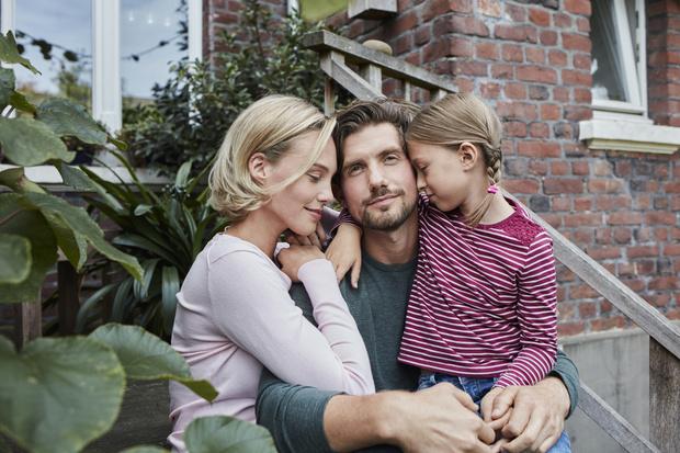 Фото №4 - 4 важных навыка, которые может привить девочке только отец