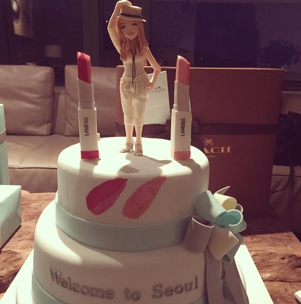 Фото №6 - Звездный Instagram: Леденцы, маффины и печеньки
