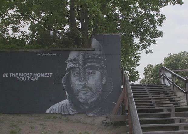 Фото №3 - В Бразилии появилось граффити с портретом донны Розы из фильма «Здравствуйте, я ваша тетя» (фото и видео)