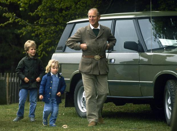 Фото №1 - Особое отношение: кого из внуков принц Филипп считает своим любимцем