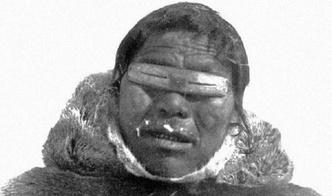 Фото №2 - Древние очки эскимосов, защищающие от снежной слепоты