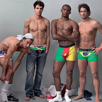 Слева направо: Лэндон Донован (США), Кака (Бразилия), Самюэль Это'О (Камерун), Алешандре Пато (Бразилия).