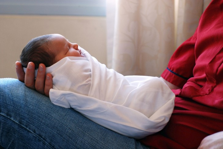Фото №3 - 9 эффективных способов быстро успокоить плачущего ребенка