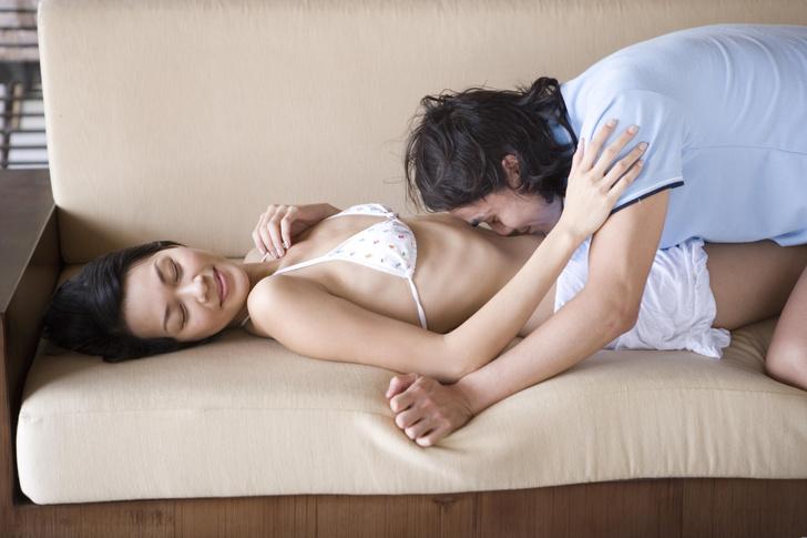 Фото №4 - Как заниматься сексом, если живешь с родителями 😳