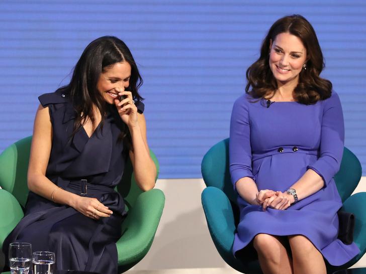 Фото №1 - Одно-единственное слово, которым Меган охарактеризовала Кейт при первой встрече
