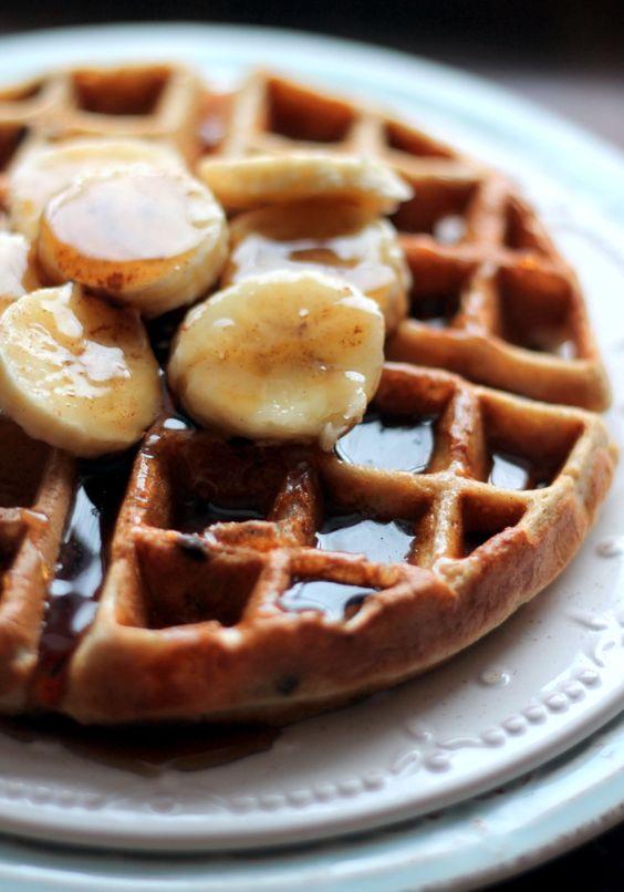Фото №6 - Сладкий перекус, от которого невозможно отказаться: 7 рецептов вафель на любой вкус