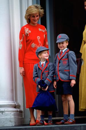 Фото №13 - 18 «детских» королевских традиций, о которых вы могли не знать
