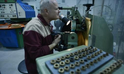 Фото №1 - В России подсчитают людей, получивших заболевания на работе