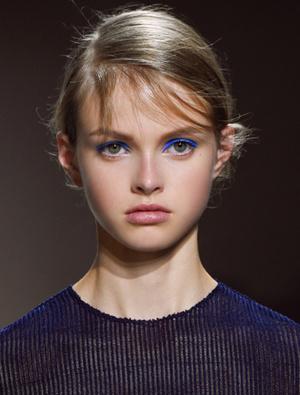 Фото №10 - 10 весенних beauty-трендов, которые стоит освоить