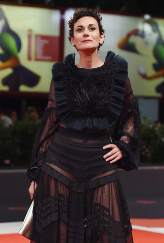 Фото №16 - Модная Венеция-2018: лучшие образы восьмого дня кинофестиваля