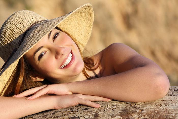Фото №1 - Летняя косметика для отдыха и путешествий