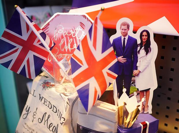 Фото №1 - 7 «странностей» британской свадьбы (Меган и ее гостям стоит подготовиться)