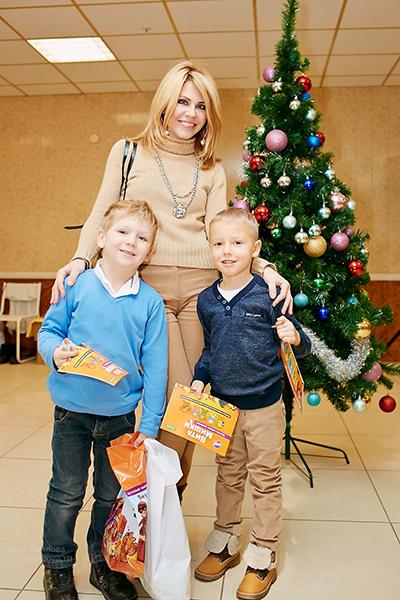 Фото №8 - Мария Киселева с успехом показала премьеру новогоднего шоу на воде