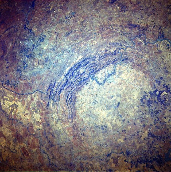 Фото №4 - Пришельцы из космоса: 5 удивительных метеоритных кратеров на нашей планете