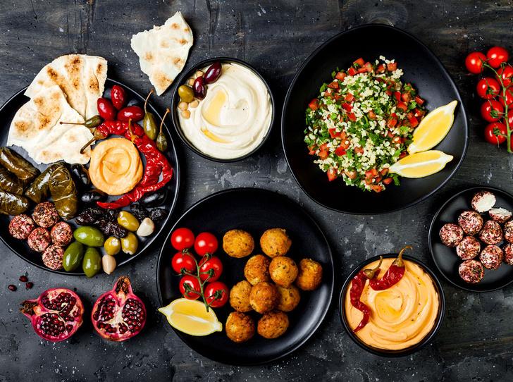 Фото №1 - 3 израильских блюда, которые вы можете приготовить дома