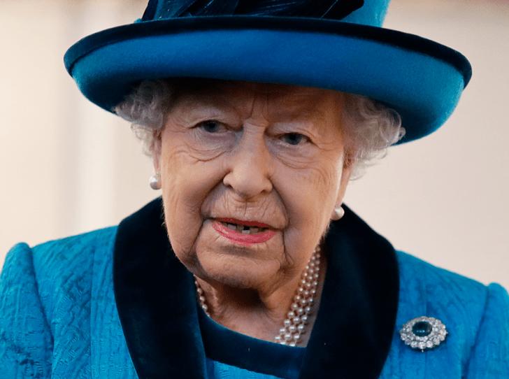 Фото №1 - Эксперты: Королева отречется от престола через 18 месяцев